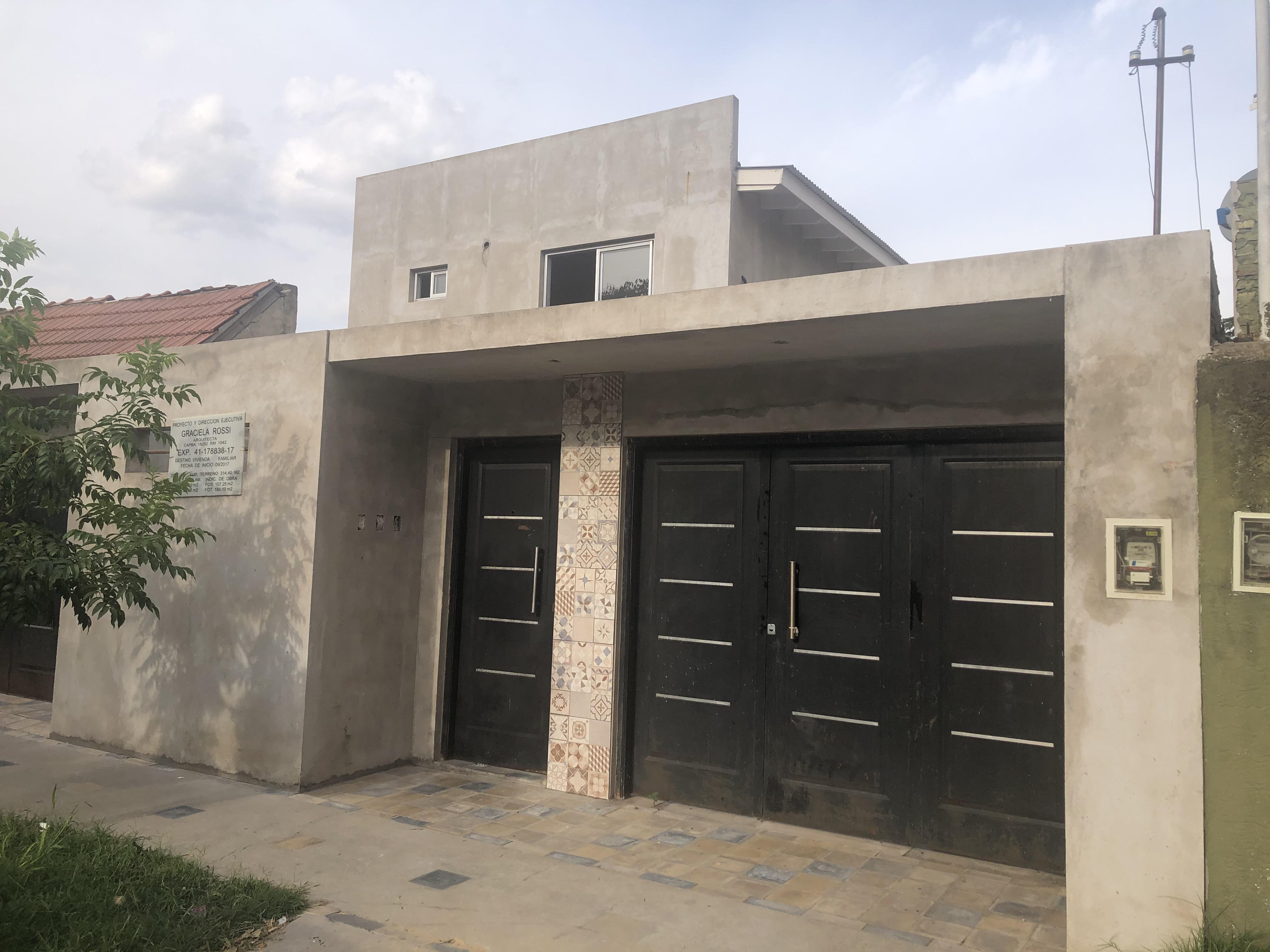 FotoEMPRENDIMIENTO - Condominio en  en  Moron , G.B.A. Zona Oeste  Chivilcoy 2400