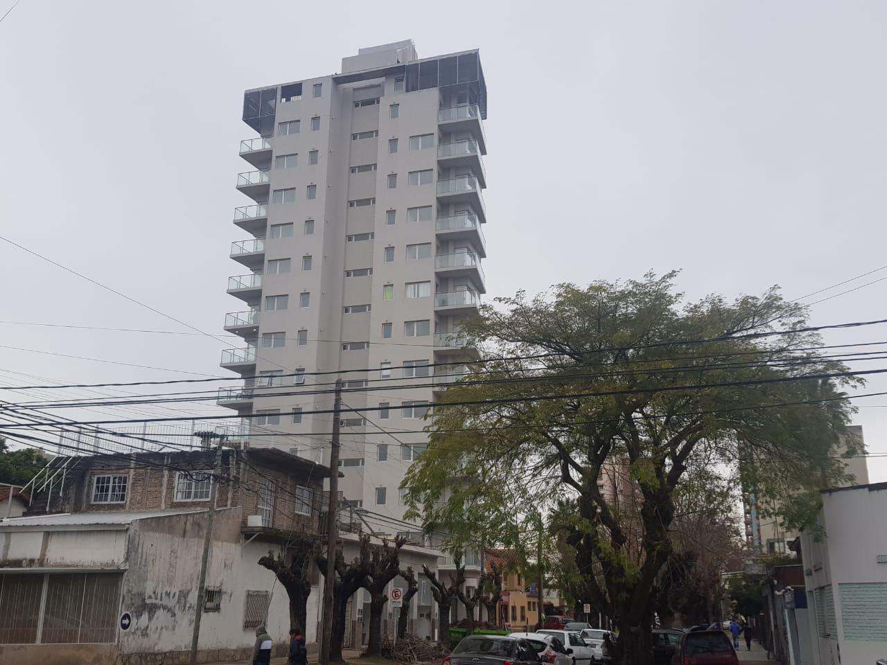FotoEMPRENDIMIENTO - Edificio en  en  San Miguel , G.B.A. Zona Norte  Serrano 1400