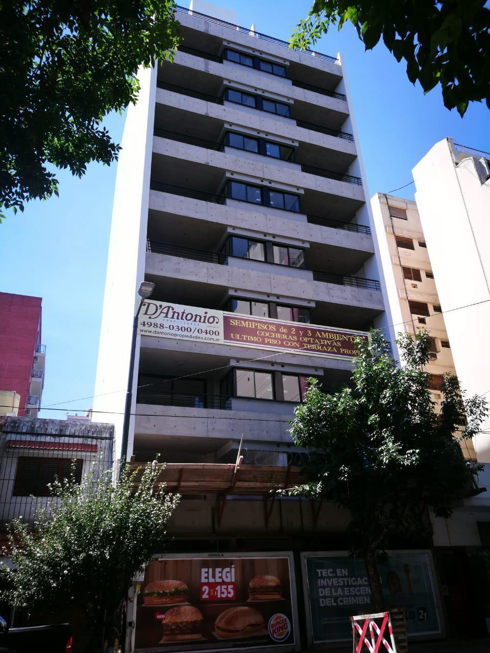 FotoEMPRENDIMIENTO - Edificio en  en  Capital Federal , Argentina  Malvinas Argentinas 832 A°-B°