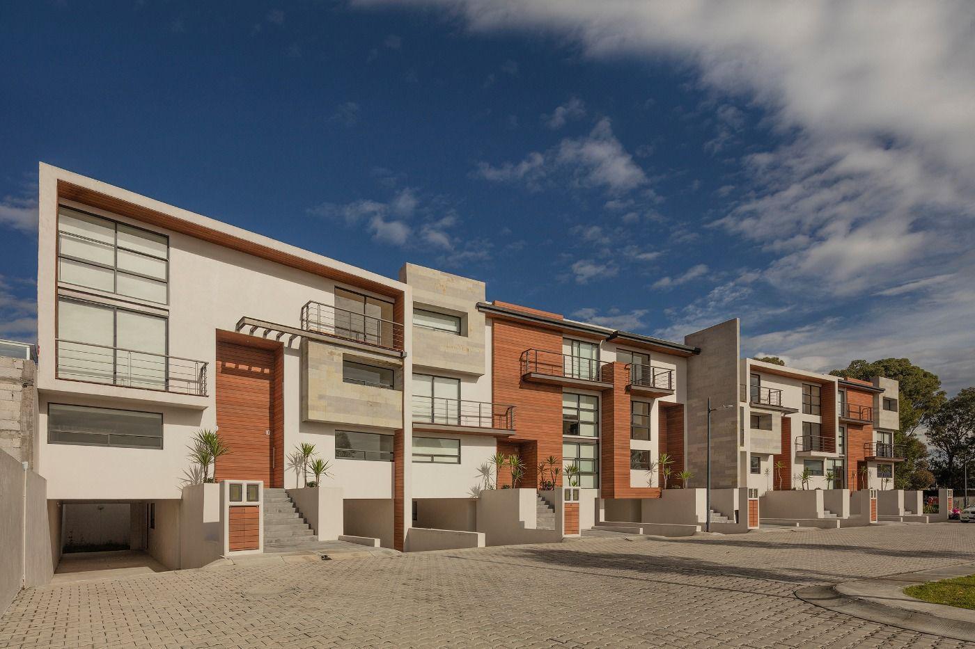 FotoDESARROLLO - Condominio en  en  San Andrés Cholula , Puebla  Avenida de Los Fresnos No. 3411