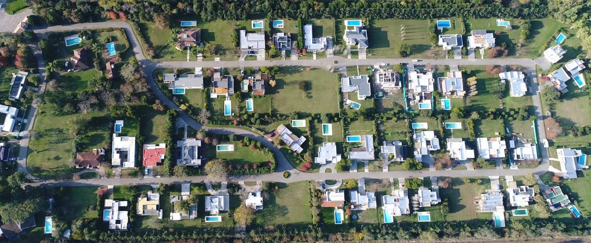 FotoEMPRENDIMIENTO - Barrio Privado en  en  Campana , G.B.A. Zona Norte  Alto Los Cardales