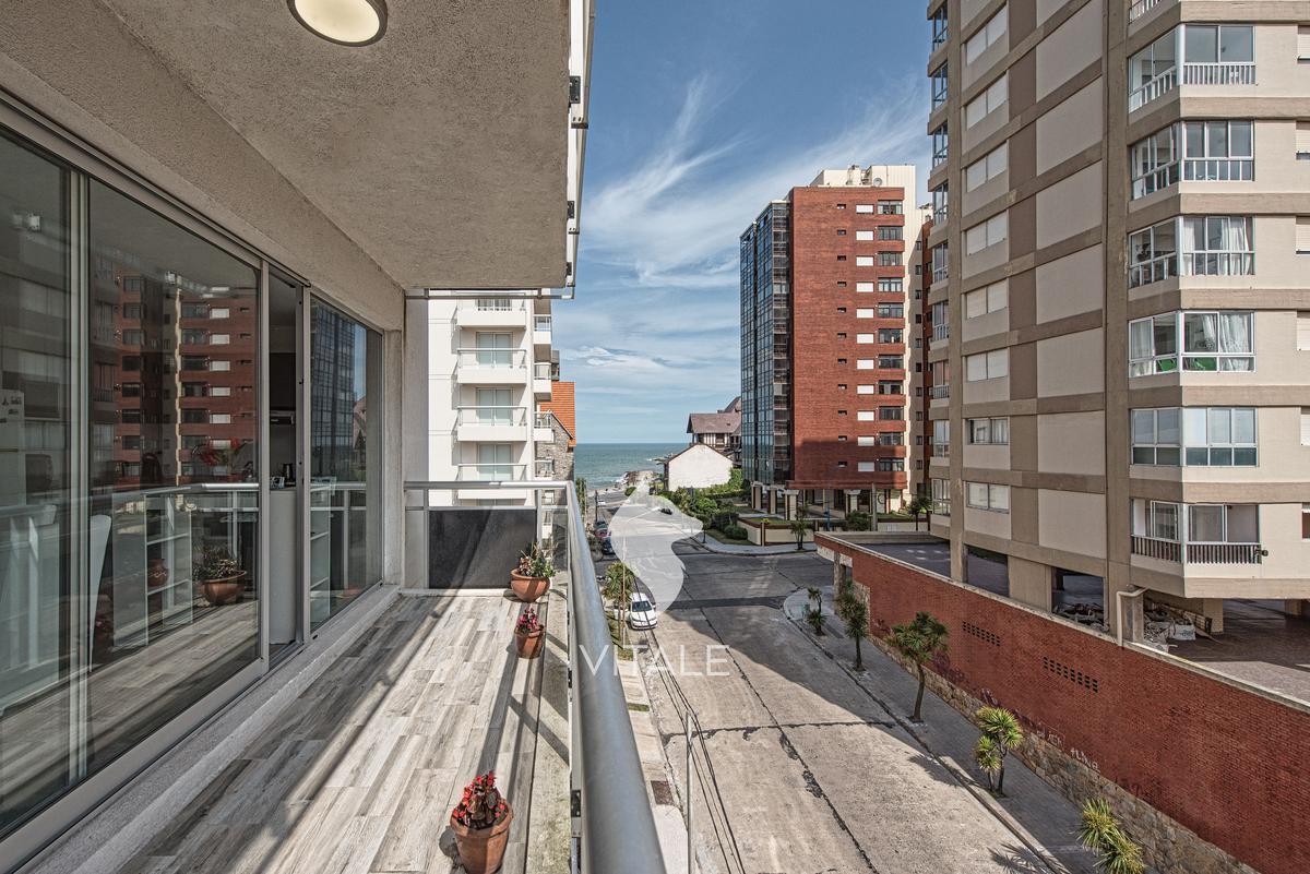 Foto Departamento en Venta en  Playa Grande,  Mar Del Plata  Moreno 1100