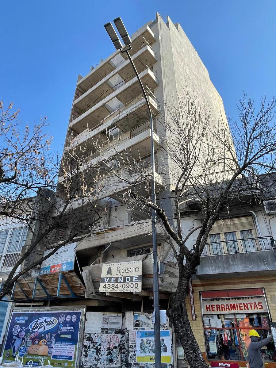 Foto Edificio en Boedo Av. Chiclana 3607 número 2