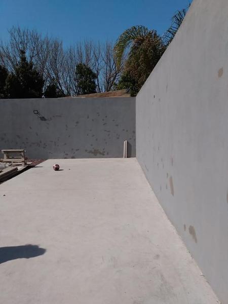 Foto Edificio en Moron Sur Vicente Lopez 900 número 12