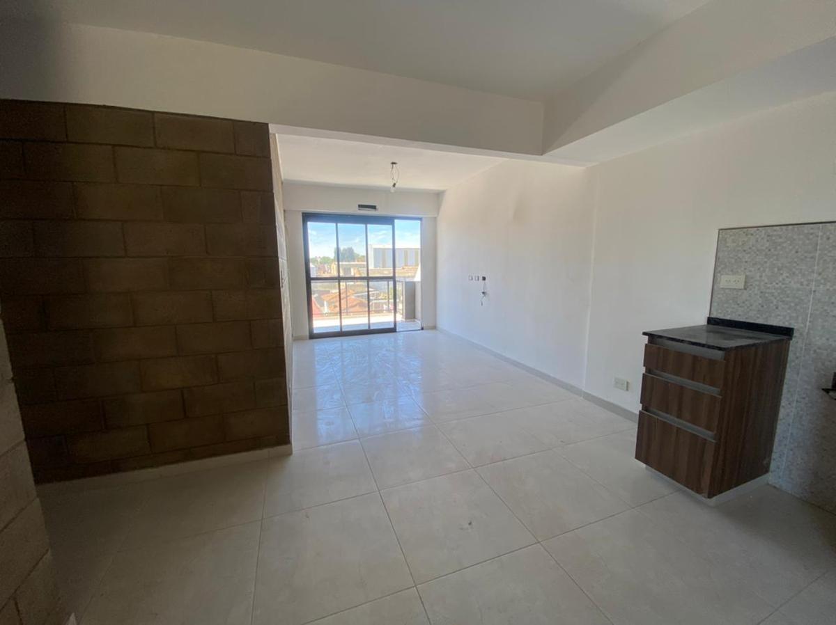Foto Edificio en Wilde Bragado al 6400 número 13