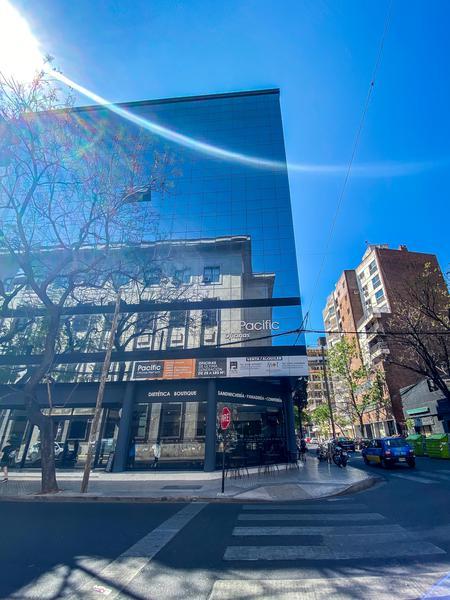 Foto Edificio de oficinas en Centro Montevideo 2010 número 1