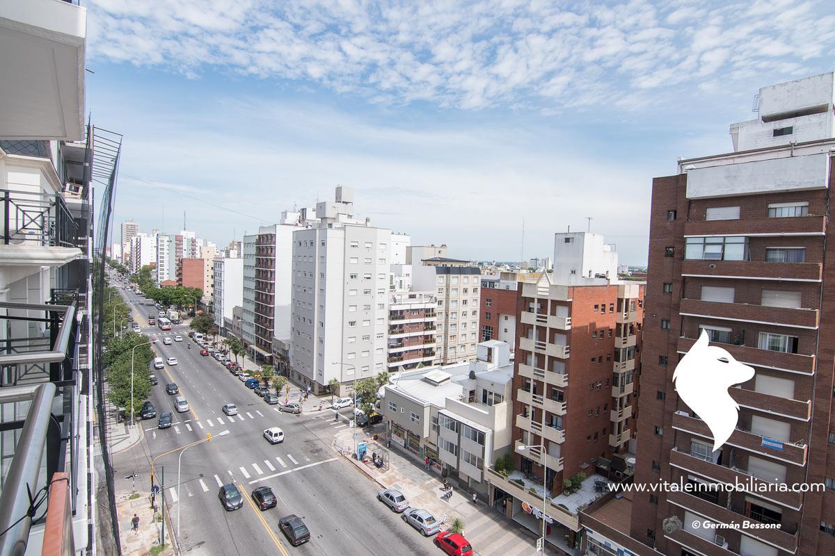 Foto Edificio en La Perla Sur Independencia 1000 número 15
