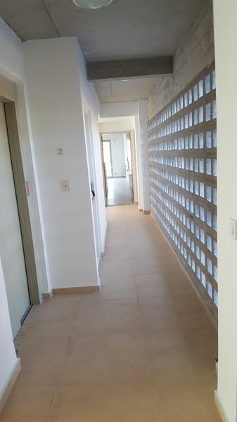 Foto Edificio en Adrogue ROSALES AL 1400 entre Cerretti y Plaza Brown número 12