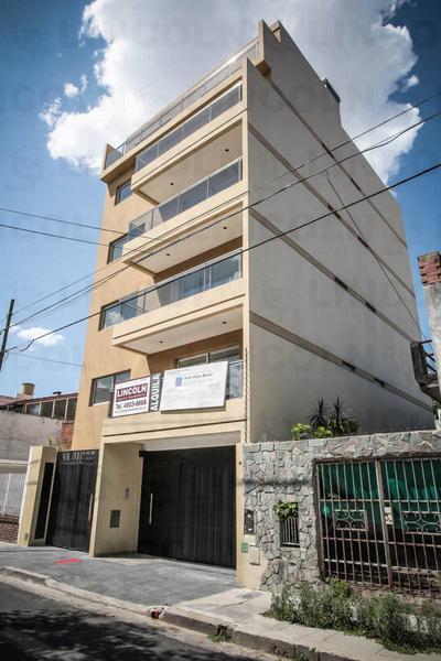 Foto Edificio en Villa Santa Rita Pasaje Los Pirineos  1325 número 2
