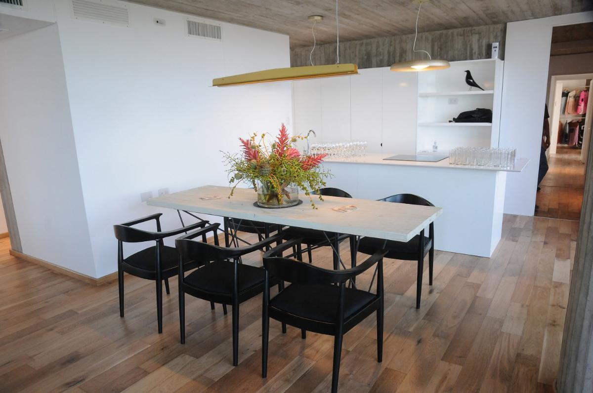 Foto Edificio en Arroyito Olive 900 número 12