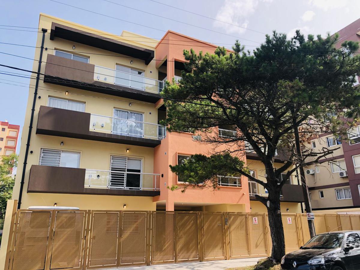 Foto Edificio en San Bernardo Del Tuyu Zuviria 161 número 2