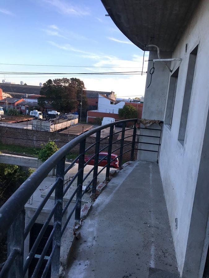 Foto Edificio en Bernal Oeste Zapiola esquina Victorica número 15