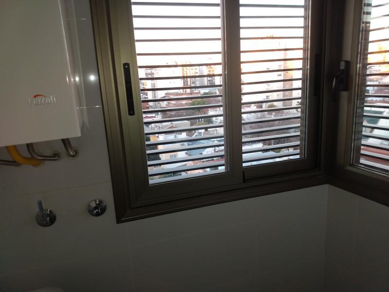 Foto Edificio en Caballito terrero y neuquen número 20