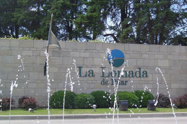 Foto  en La Lomada De Pilar Panamericana Ramal Pilar Km. 45 - calle Florida