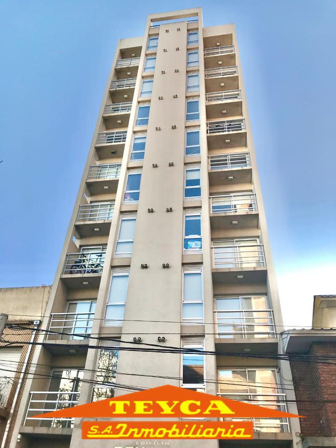 Foto Edificio en Centro MATHEU E/ AV.  INDEPENDENCIA Y CATAMARCA número 1