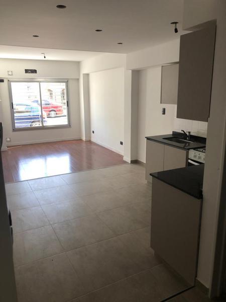 Foto Edificio en Liniers Murguiondo 660 número 4