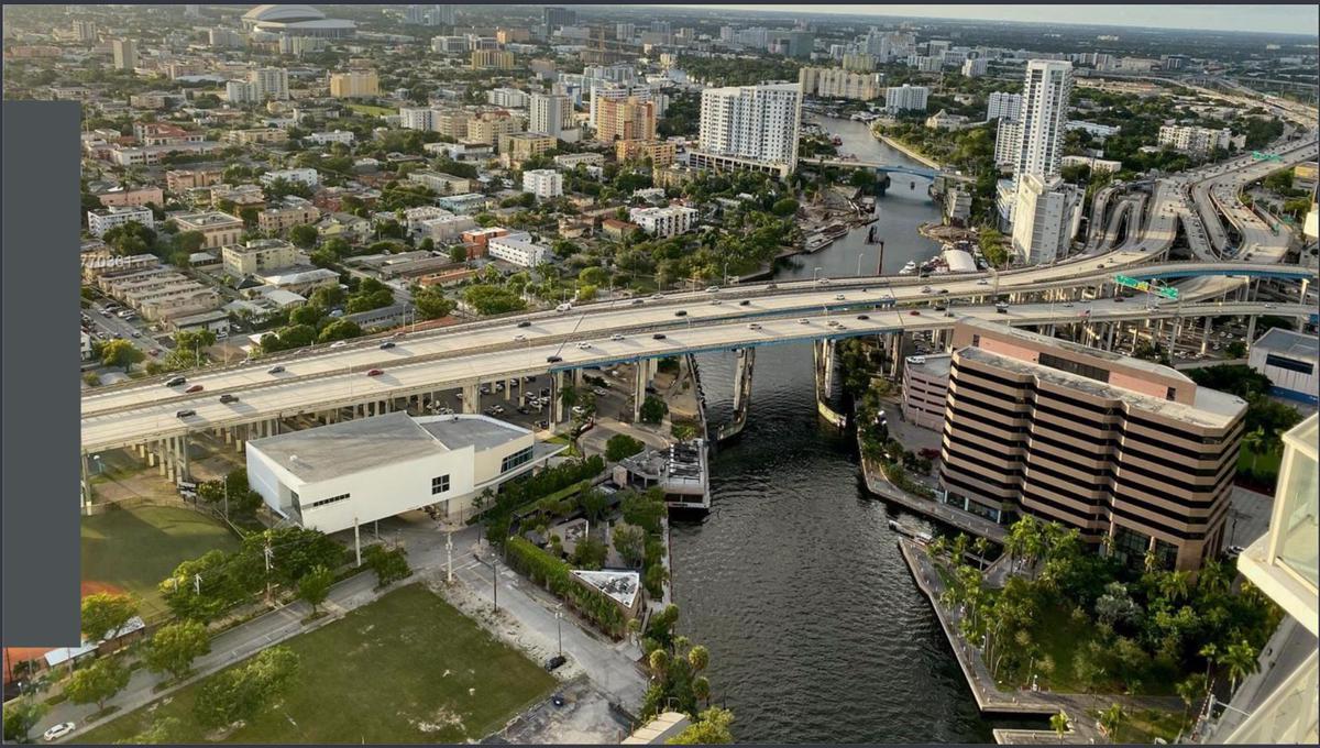 Foto Edificio en Brickell 185 SW 7th St 12th floor, Miami, FL 33130, Estados Unidos    número 8
