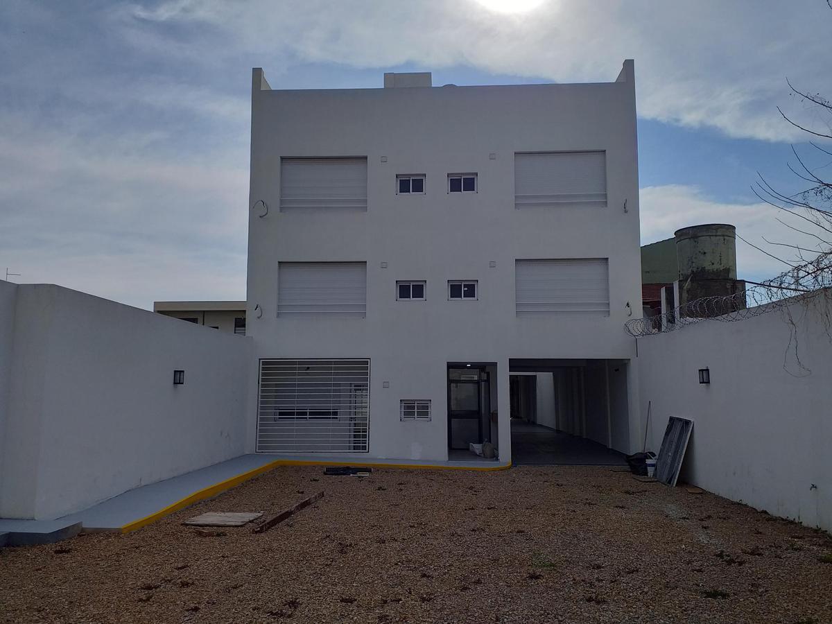 Foto Edificio en Ramos Mejia Sur             Vacca 255 Ramos Mejía           número 8
