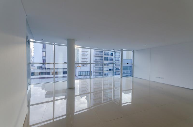 Foto Edificio de oficinas en La Perla Sur CLIPER Oficinas número 9