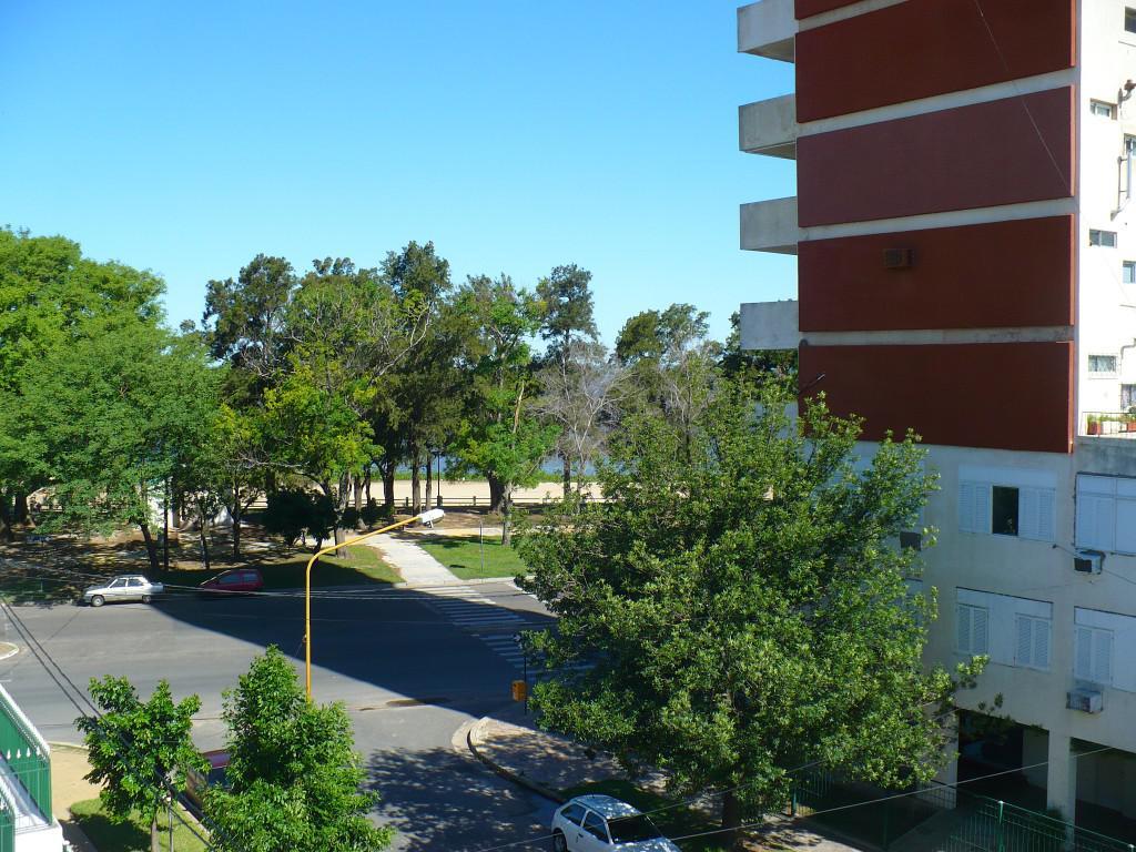 Foto Edificio en Santa Fe ESTANISLAO ZEBALLOS al 100 numero 9