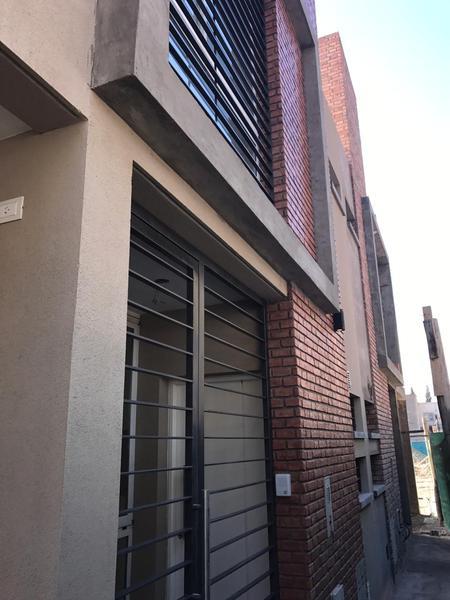 Foto Barrio Privado en Rivadavia Av. Ignacio de la Roza y R. Calivar numero 60