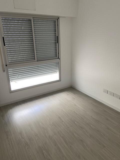 Foto Edificio en Liniers EDIFICIO Guamini 1065  número 33