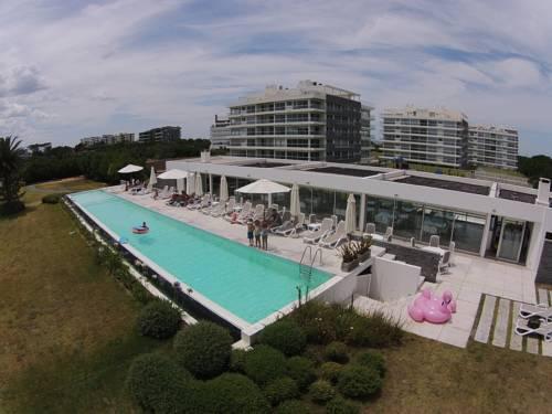 Foto Edificio en Playa Brava Parada 30 número 13