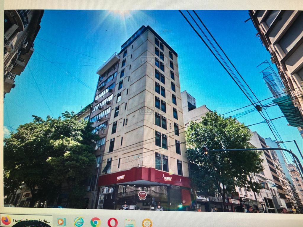 Foto Hotel en Tribunales PARANA 704 número 1