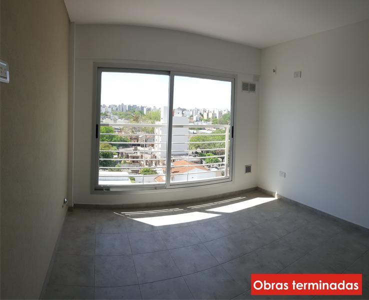 Foto Edificio en Moron Pellegrini 1300 número 7