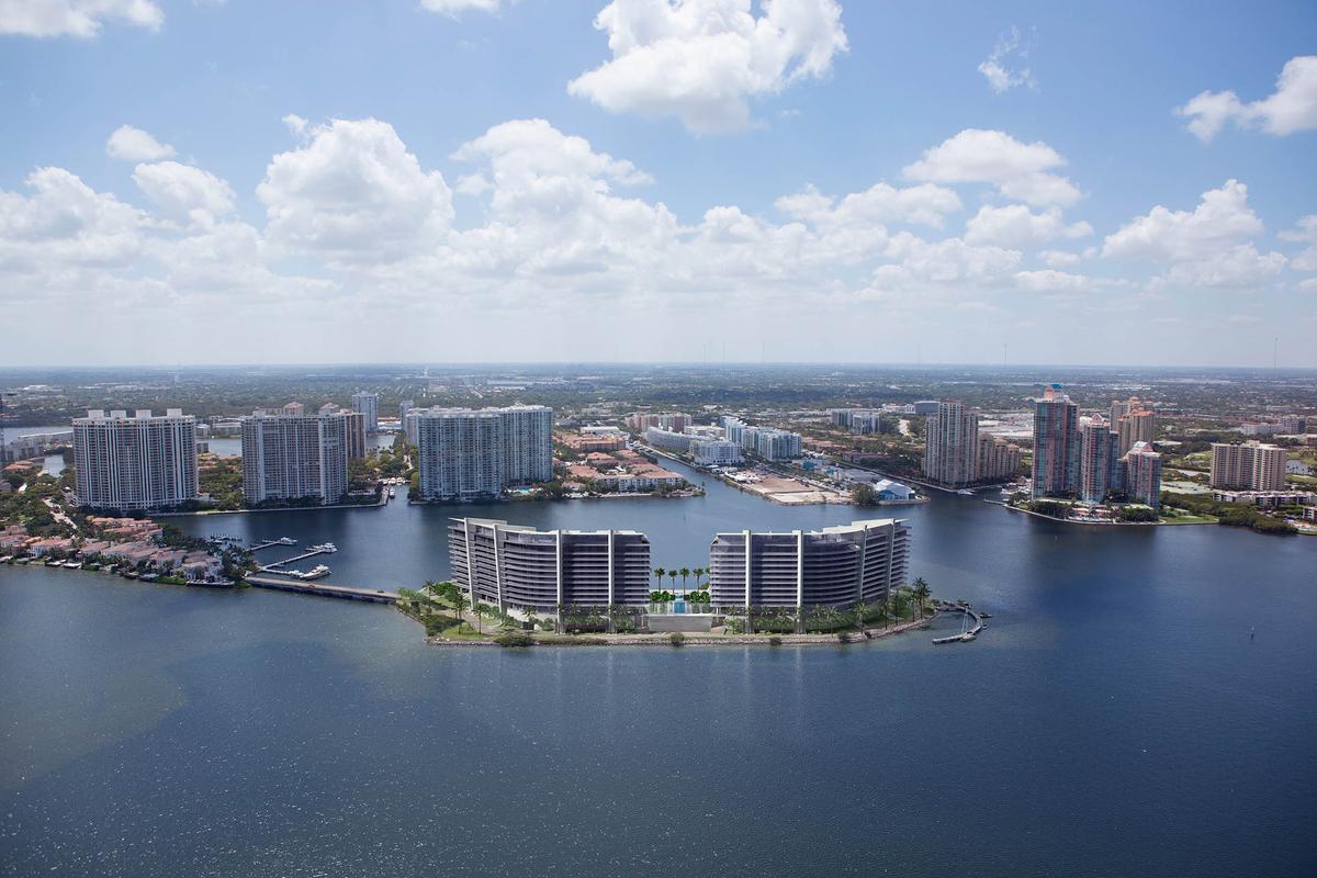 Foto Edificio en Aventura 5000 Island Estates Drive, Aventura - Miami número 1