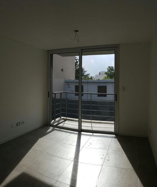 Foto Edificio en Castelar Aristobulo del Valle 549. Departamentos de 2 amb. en obra. numero 10