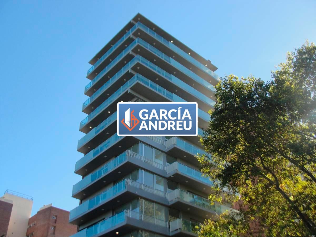 Foto Edificio en Macrocentro AV. PELLEGRINI AL 2600 número 1