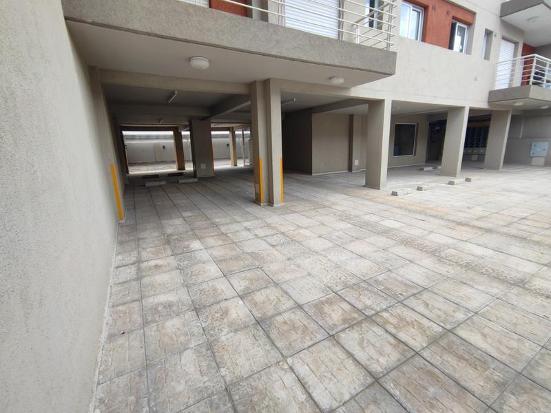 Foto Edificio en Moron 25 de Mayo 750 número 5