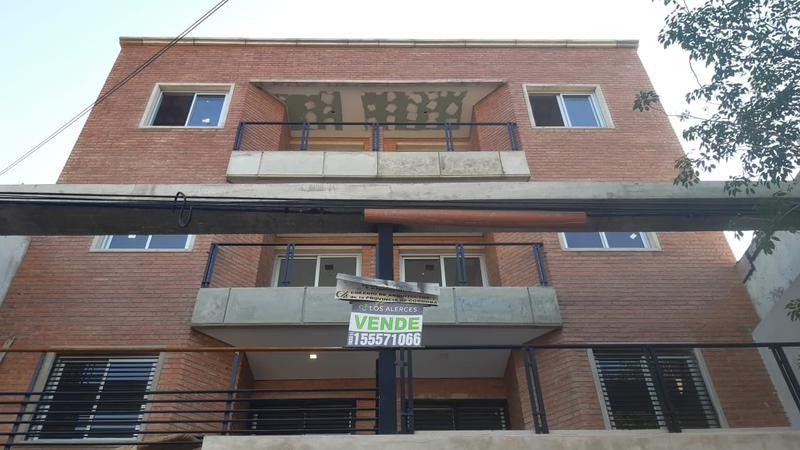 Foto  en General Paz Los Alerces - Roma 1039