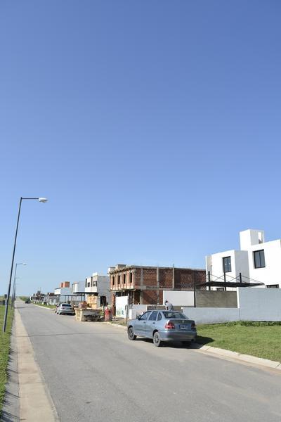 Foto Barrio Privado en Countries/B.Cerrado (Cordoba) Av. Circunvalación y Fuerza Aérea número 12