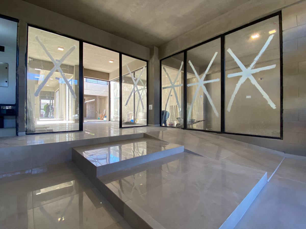 Foto Edificio en Wilde Bragado al 6400 número 2
