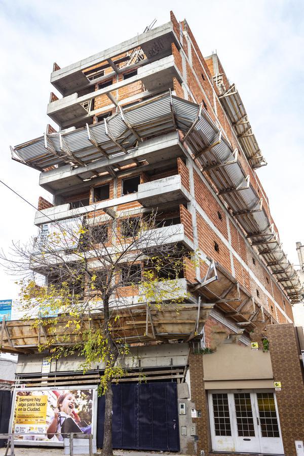 Foto Edificio en B.Santa Rita Tres Arroyos entre Helguera y Argerich numero 7
