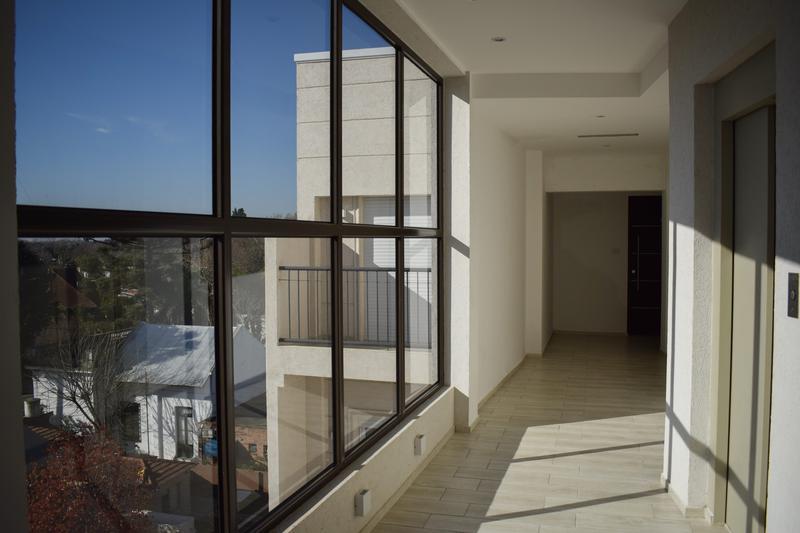 Foto Edificio en Adrogue Rosales 1750 número 13
