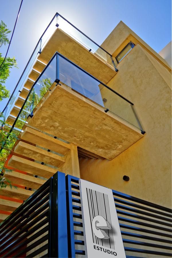 Foto Edificio en Santa Fe Laprida esquina Pasaje Fraga número 12
