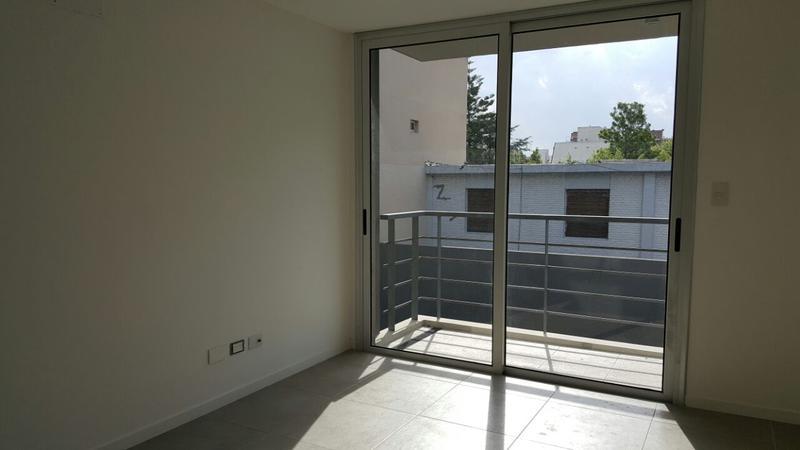 Foto Edificio en Castelar Aristobulo del Valle 549. Departamentos de 2 amb. en obra. numero 4