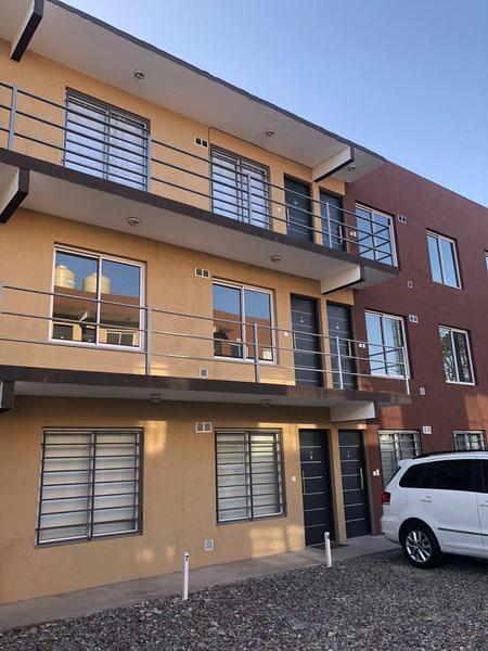 Foto Edificio en Moron Sur Barbosa 300/ 340 número 2