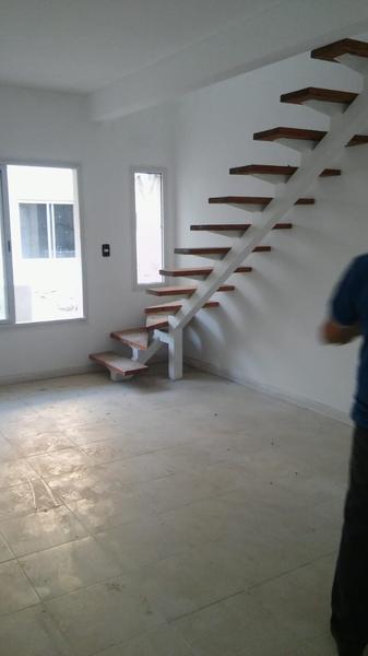 Foto Condominio en Muñiz San Jose y Casacuberta número 6
