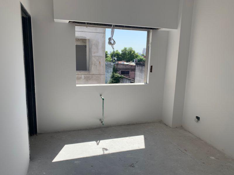 Foto Edificio en Liniers Murguiondo al 1000 número 9