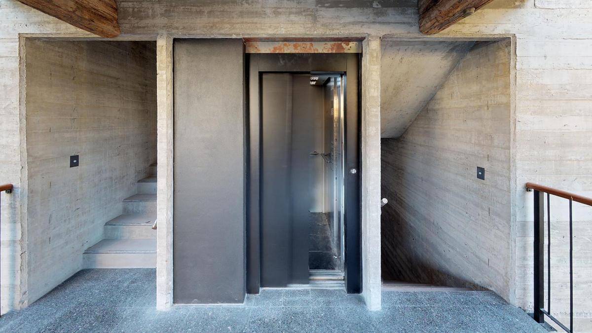 Foto Edificio en Nuñez Ruiz Huidobro y Bv San isidro Labrador número 4