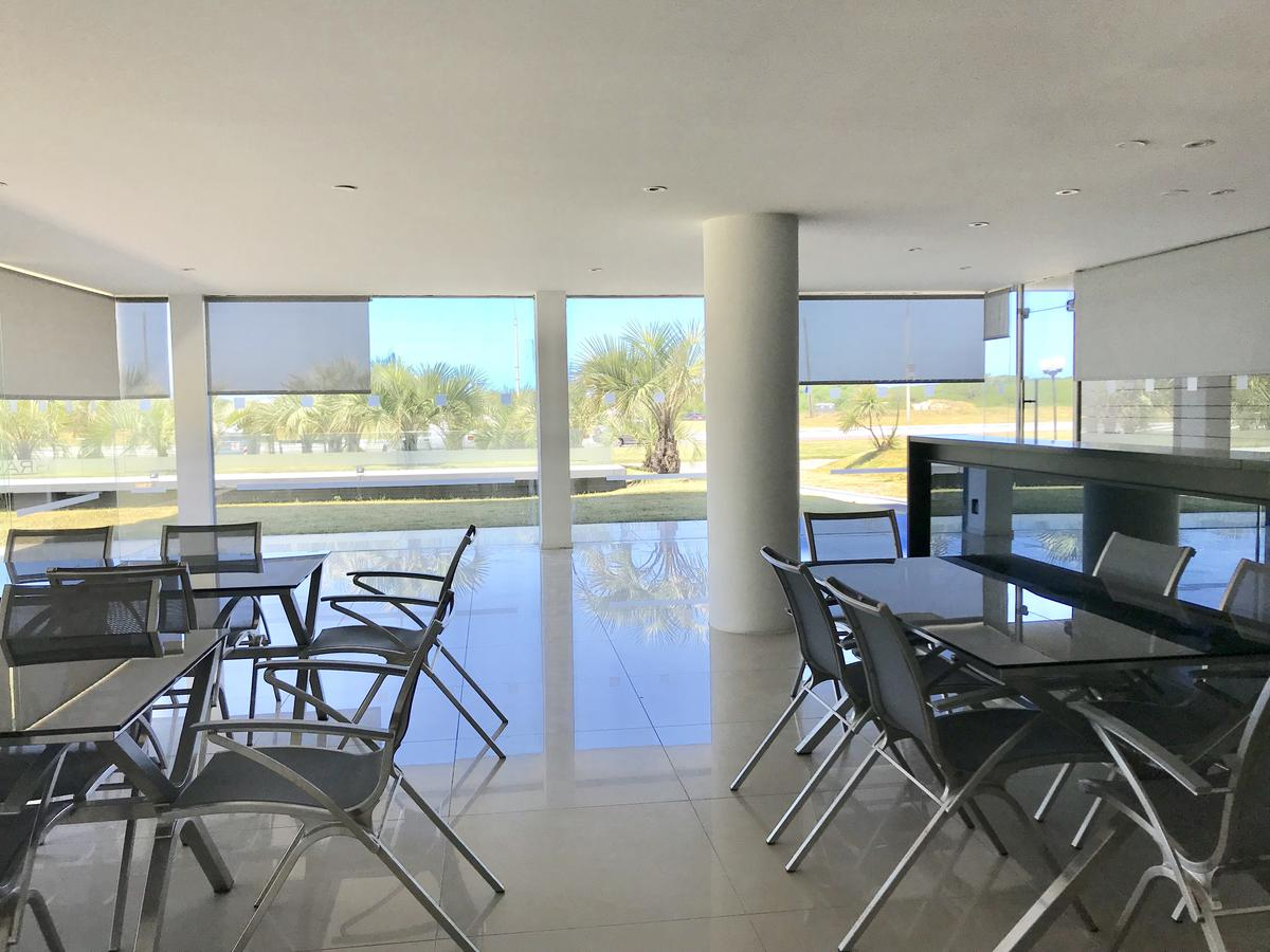 Foto Edificio en Playa Brava BRAVA número 25