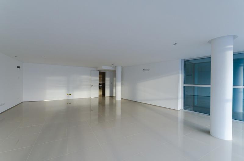 Foto Edificio de oficinas en La Perla Sur CLIPER Oficinas número 4