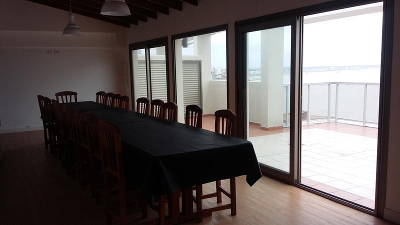 Foto Edificio en Stella Maris Viamonte y Bolivar número 9