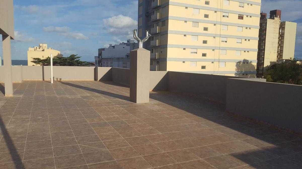 Foto Edificio en San Bernardo Del Tuyu Strobel 161 número 24