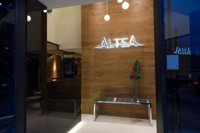Foto Edificio en Luis A. de Herrera Denis Roa Casi Santa Teresa número 11