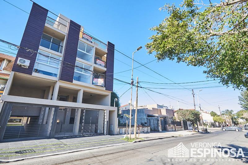 Foto Edificio en Moron Sarratea 70 número 11